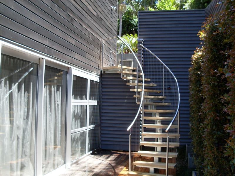 Curved Stainless Steel U0026 Wire On A Single Beam Staircase